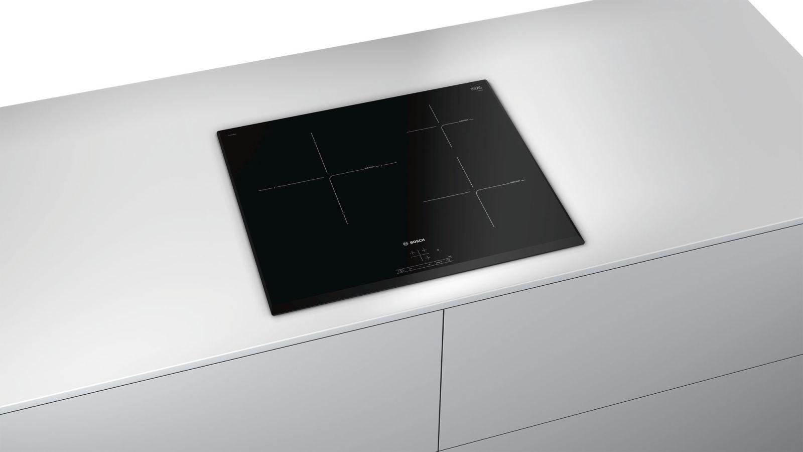 Bếp Từ Bosch PUJ631BB2E có thiết kế vuông góc thanh lịch